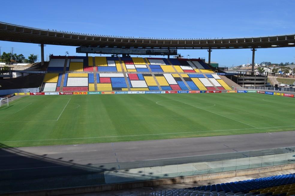 Estádio Kléber Andrade, local do 1º jogo da final do Capixabão, entre Doze e Atlético-ES (Foto: Wagner Chaló/GloboEsporte.com)