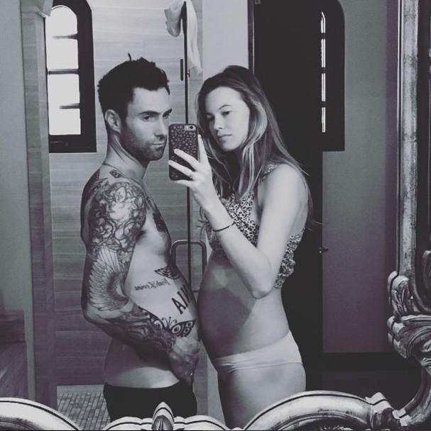 Adam Levine e Behati Prinsloo (Foto: Reprodução Instagram)