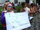 Servidores voltam a fazer protesto por atraso no 13º em São Vicente, SP