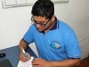 Rafael Dias fará o exame da Uerj pela sexta vez (Foto: Arquivo pessoal)