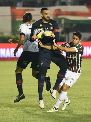 Fluminense Atlético PR - Primeira Liga Weverton Osvaldo (Foto: André Durão)