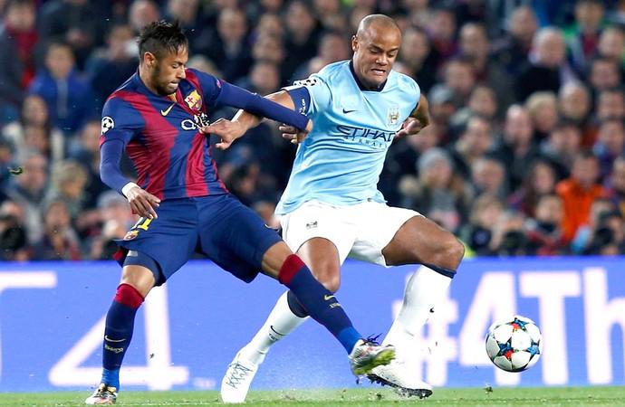 Neymar e Kompany, Barcelona X Manchester City (Foto: Agência Reutes)