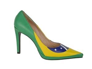 Calçados temáticos Copa (Foto: Laura Prado)