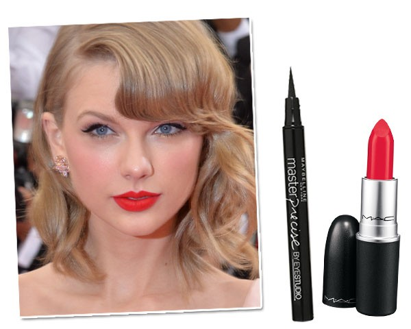 Copie o make de Taylor Swift: Delineador Maybelline Mas Precise, R$ 46/ Batom M.A.C, cor Dangerous (mate), R$ 74  (Foto: Getty Images/Divulgação)
