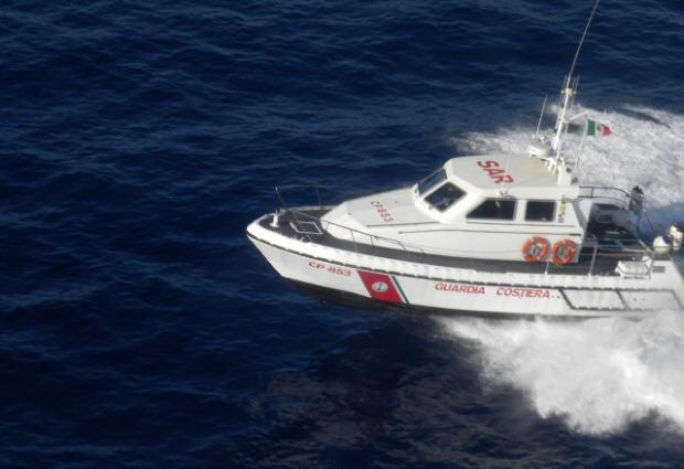Guarda Costeira de Catânia busca brasileira desaparecida (Foto: Divulgação/Guarda Costeira de Catânia)