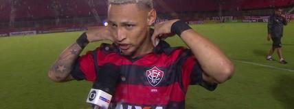 Neilton comemora recuperação de lesão e classificação do Vitória