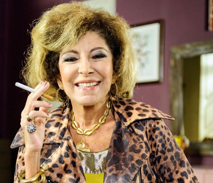 Marília Pêra posa caracterizada como Darlene, sua personagem em 'Pé na Cova' (Foto: Globo/ Caiuá Franco)