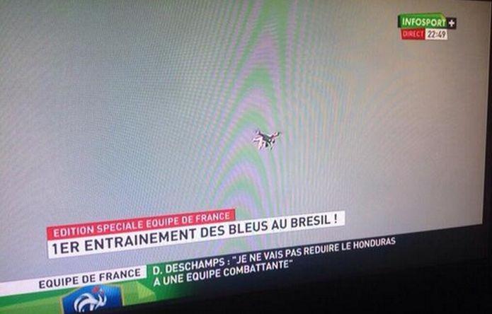 Um drone estaria espionando a seleção da França? (Foto: Reprodução)