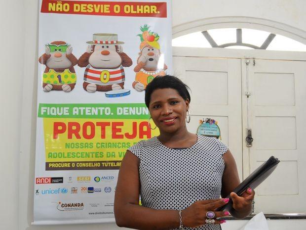 Transsexual Silvânia Santos de Sousa é conselheira tutelar em Aracaju (Foto: Marina Fontenele/G1)