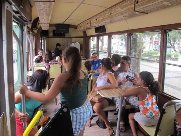 Passageiros pagam a mesma tarifa dos bondes regulares (Foto: LG Rodrigues / G1)