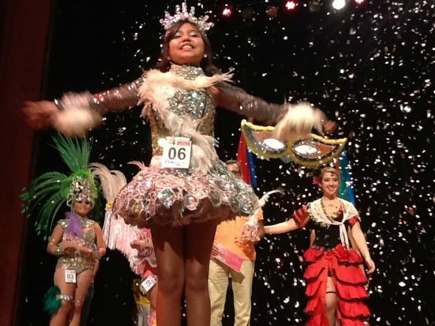 Jovem apresenta fantasia em concurso infantil realizado no Amazonas (Foto: Wesley Andrdade/Divulgação - SEC-AM)