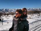 Marina Ruy Barbosa e Klebber Toledo curtem neve em clima de romance