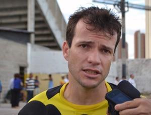 Daniel Paulista, volante do ABC (Foto: Jocaff Souza)