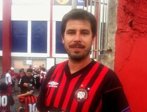 Torcedor do Atlético-PR (Foto: Fernando Freire)