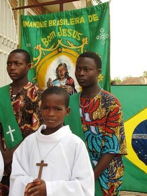 Estandarte da Irmandade Brasileira do Bom Jesus do Bonfim de Porto Novo (Foto: Divulgação / Milton Guran)