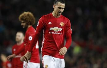 """Ibrahimovic diz que Liga Europa está """"matando"""" chance do United no Inglês"""