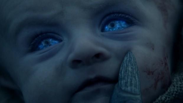 Bebê se tornando um Caminhante Branco (Foto: HBO/Reprodução)