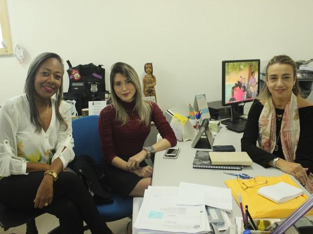 Delegadas Cynthia Verena, Anamelka Cadena e Eugênia Villa  (Foto: Beto Marques/G1)