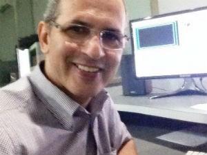 Além de apresentador, Gilvan é editor-chefe do Bom Dia (Foto: Arquivo Pessoal/Gilvan Nunes)