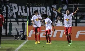 RB Brasil Palmeiras comemoração gol (Foto: Marcos Ribolli)