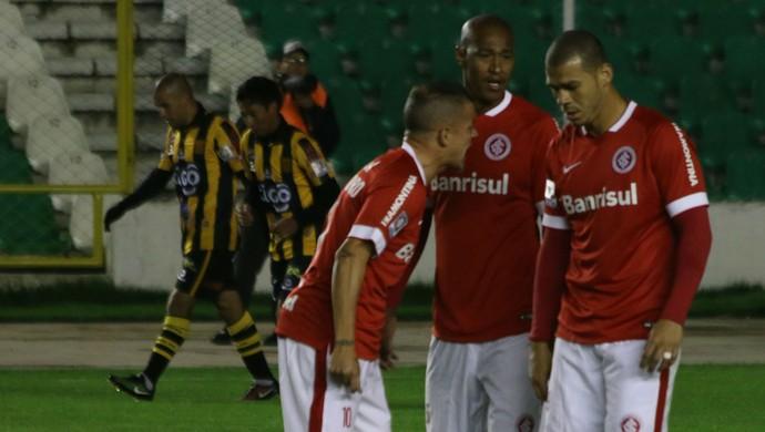 The Strongest x Inter Libertadores D'Alessandro Nilton (Foto: Diego Guichard/GloboEsporte.com)