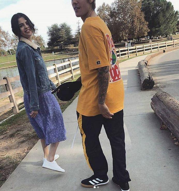 #Jelena: Justin Bieber e Selena Gomez são flagrados em passeio em Los Angeles (Foto: Reprodução/Instagram)