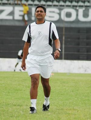 Flávio Barros, novo treinador do Sousa (Foto: Leonardo Silva / Jornal da Paraíba)