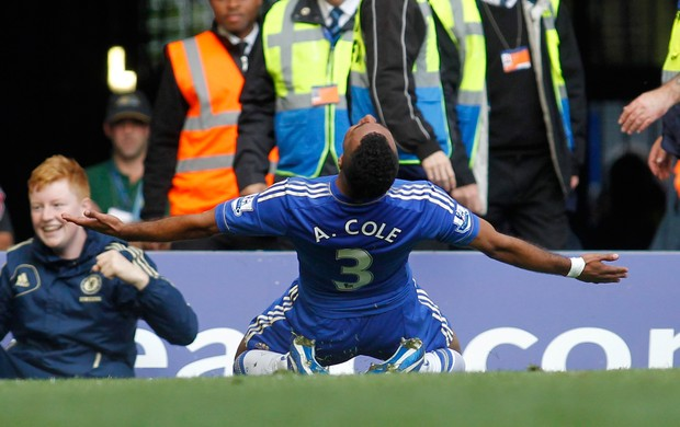 Ashley Cole gol Chelsea (Foto: AP)