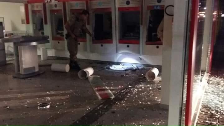 Crime ocorreu na madrugada desta quarta-feira (20) (Foto: Bil Douglas Oliveira/Divulgação)