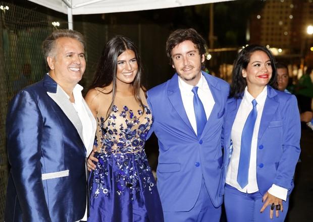 Orlando Morais e Antonia com Wagner Santisteban (Foto: Marcos Serra Lima / EGO)