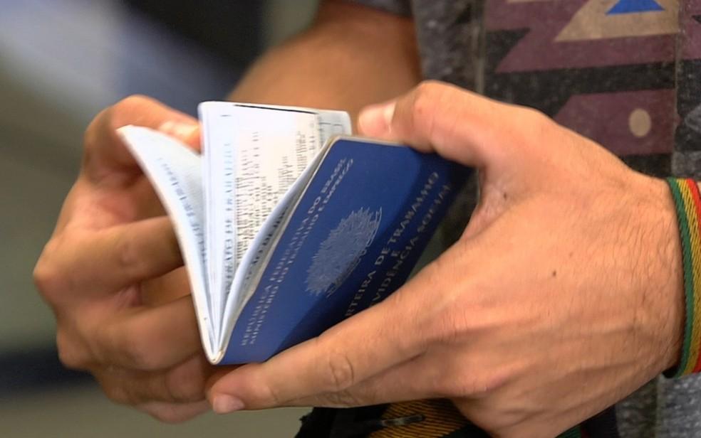 Mais de 66 mil trabalhadores goianos não sacaram abono salarial do PIS em Goiás (Foto: Reprodução/TV Anhanguera)