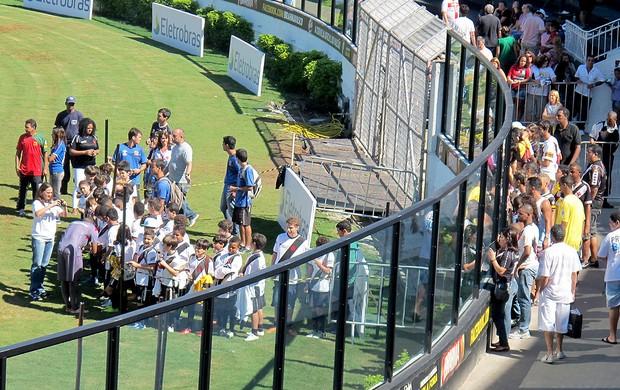 área de autógrafos no treino do Vasco (Foto: Thiago Fernandes / Globoesporte.com)
