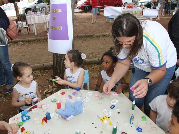 Colégio Objetivo promove oficinas para crianças (Foto: Donizete Muller)