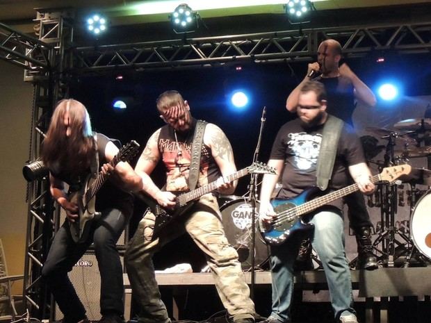Músicos do 'Hugin Munin' começaram com a banda ainda em 2007 em Santos, SP (Foto: Divulgação)