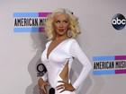 Enquete: quem se vestiu melhor no American Music Awards?