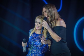 Joelma e Ivete Sangalo em gravação de DVD em São Paulo (Foto: Raphael Castello/ Ag. News)