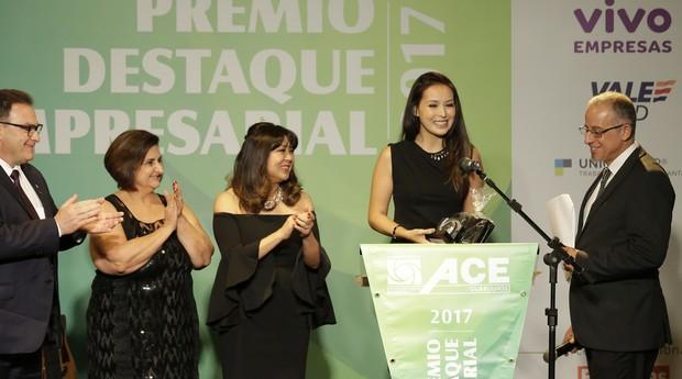 Cynthia Hayashi, proprietária de uma confecção com o mesmo nome, ganhou o prêmio Mulher Empreendedora (Foto: Divulgação)