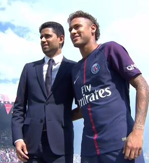 Neymar apresentação PSG (Foto: Reprodução)