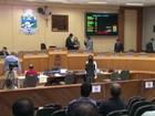 Câmara de Foz do Iguaçu aprova redução de assessores parlamentares