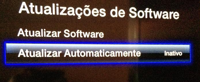 Ativando a atualização automática de software (Foto: Reprodução/Edivaldo Brito)