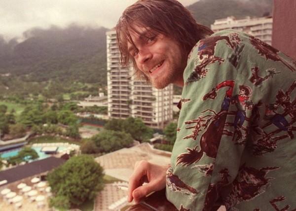Kurt Cobain fotografado durante a passagem do Nirvana pelo Rio, em 1993 (Foto: Marcia Foletto/ Agência O Globo)