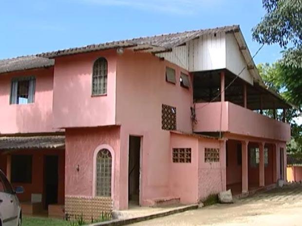 chácara João Paulo II casa de recuperação drogas adolescentes Divinópolis MG (Foto: Reprodução/TV Integração)