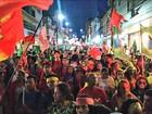 Manifestantes fazem ato pró-Dilma e a favor de Lula no Centro de Manaus