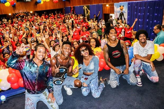 Dream Team do Passsinho na festa das crianças do INCA (Foto: Rogério Fidalgo /AgNews)