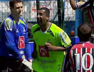 Tiziu marca cinco gols seguidos e garante Palmeiras na semi (Foto: Reprodução SporTV)