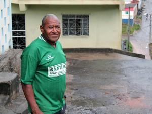 Tuzim morou mais da metade de sua vida na Vila do Biribiri. (Foto: Pedro Ângelo/G1)