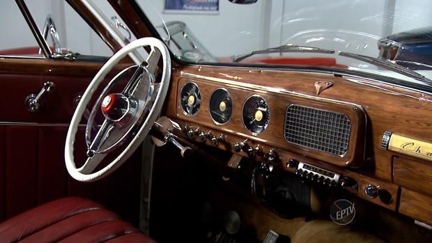 Interior de um Studebaker (Foto: reprodução / EPTV)