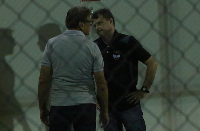 Waldemar Lemos, treinador do River-PI (Foto: Wenner Tito)