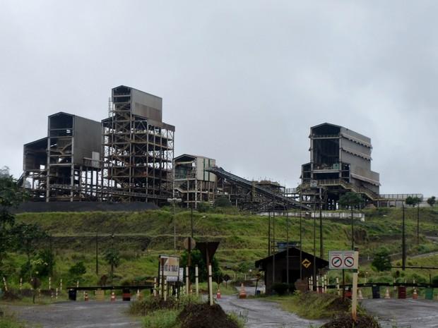 Mineradora está com estrutura parada em Pedra Branca do Amapari (Foto: Abinoan Santiago/G1)