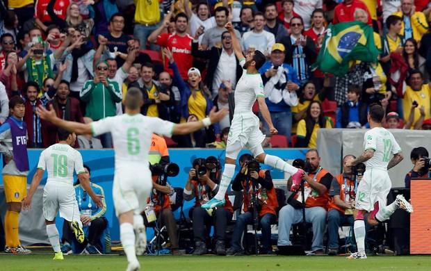Rafik Halliche gol Argélia x Coreia (Foto: Reuters)